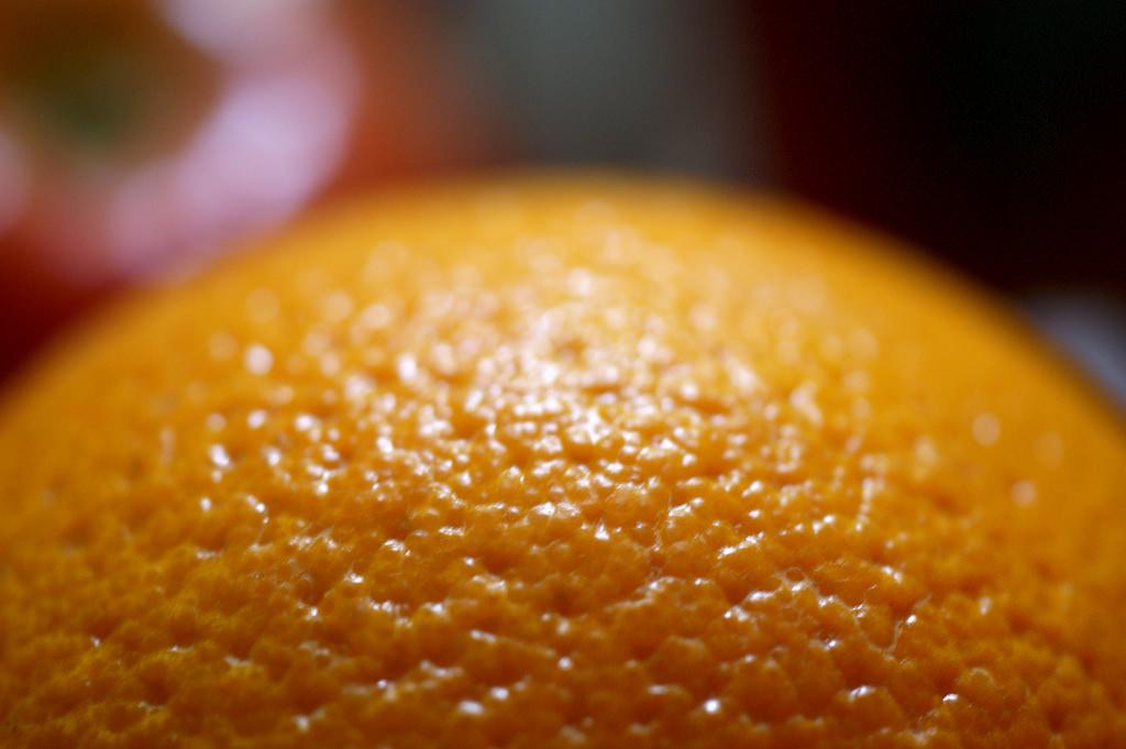 Dlaczego warto robić peeling antycellulitowy?